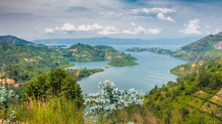 First Insight About Rwanda Travel Guide