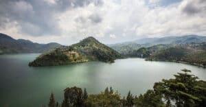 holiday tour in rwanda